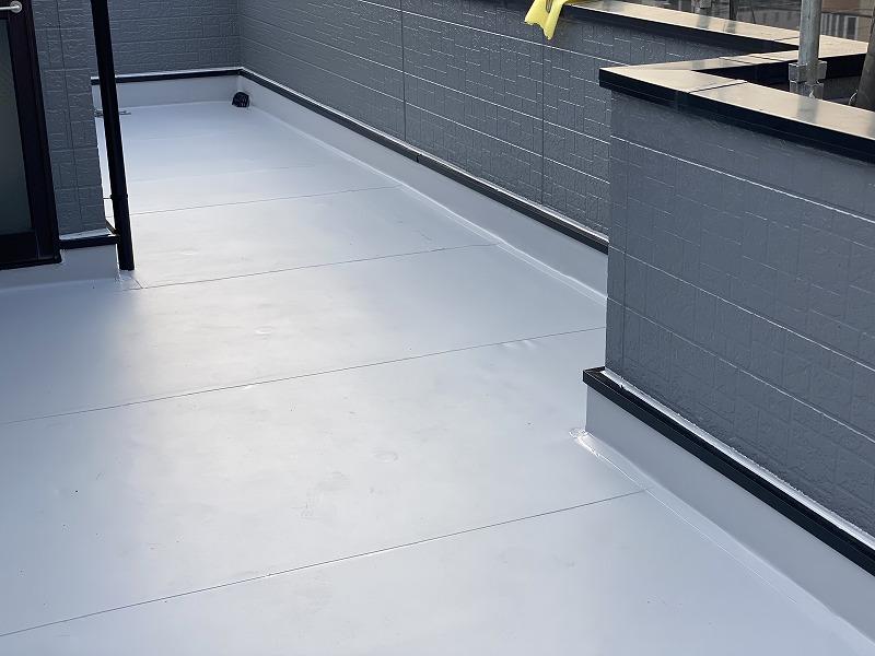 和泉市にて屋上防水工事施工【塩ビシート防水を採用】
