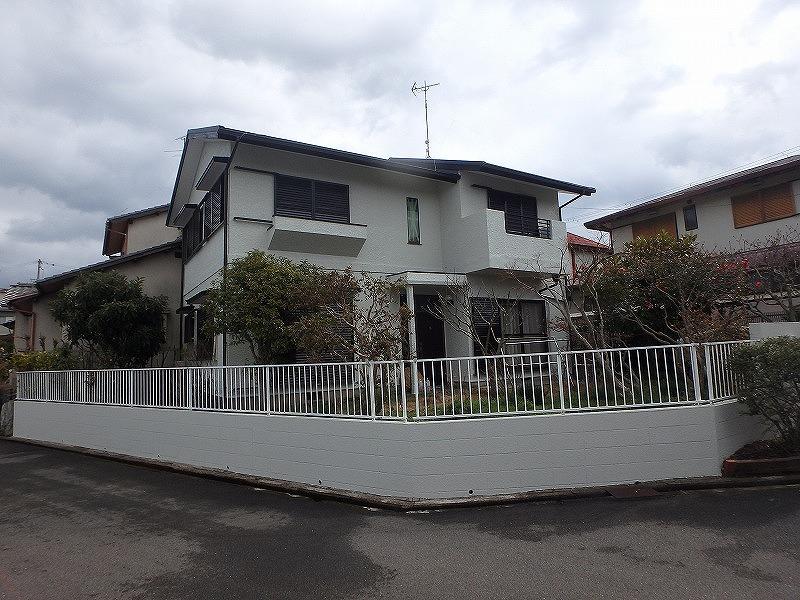 熊取町にて屋根と外壁を工事されたお客様の声を紹介します